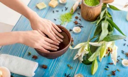 5 Tips For A Natural Nail Care Routine